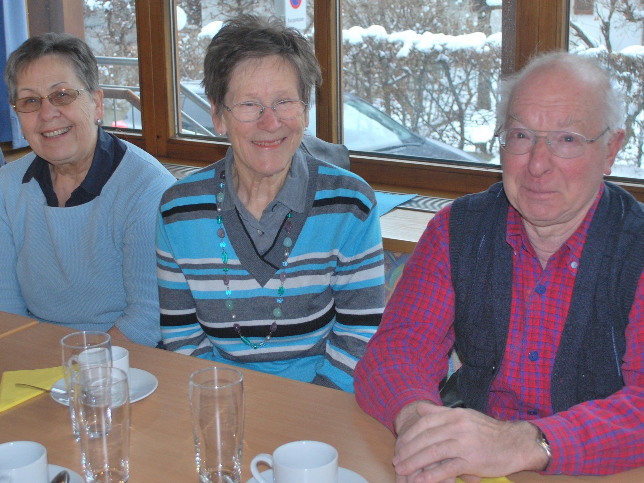 Gassner Christl, Rosa und Wilfried (Schüler 1942 - 1946)