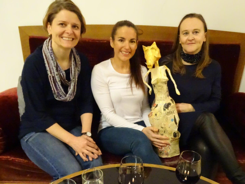 Die Referentinnen Eva Pawlik-Schreiber und Yvonne Hahn mit der Moderatorin Sonja Markram (v.l.)