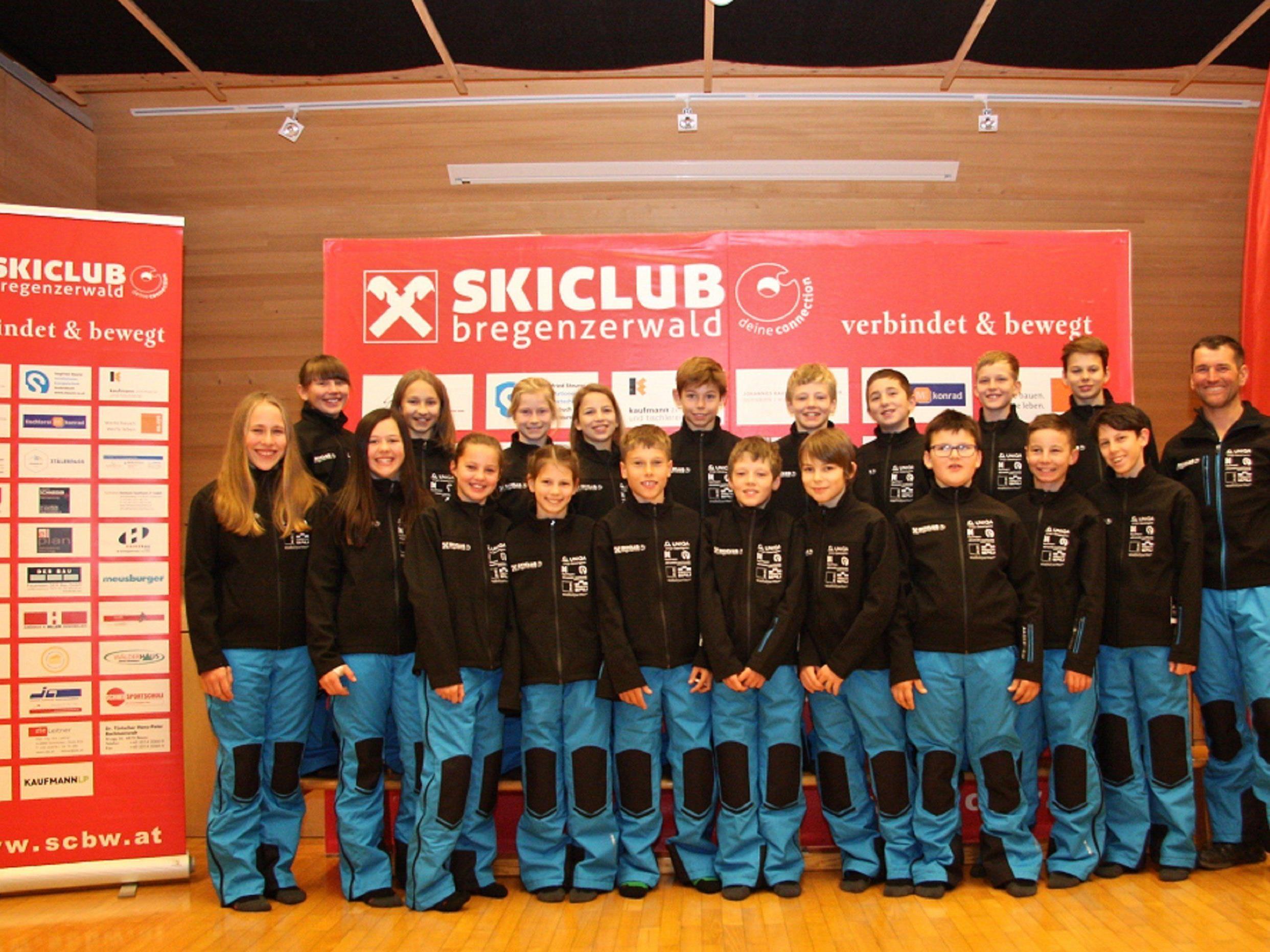 SCBW Alpinkader in neuer Teambekleidung