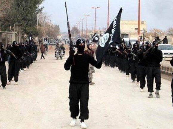 """Warum sich junge Männer für die Terrormiliz """"Islamischer Staat"""" (IS) begeistern, erklärt ein Experte"""
