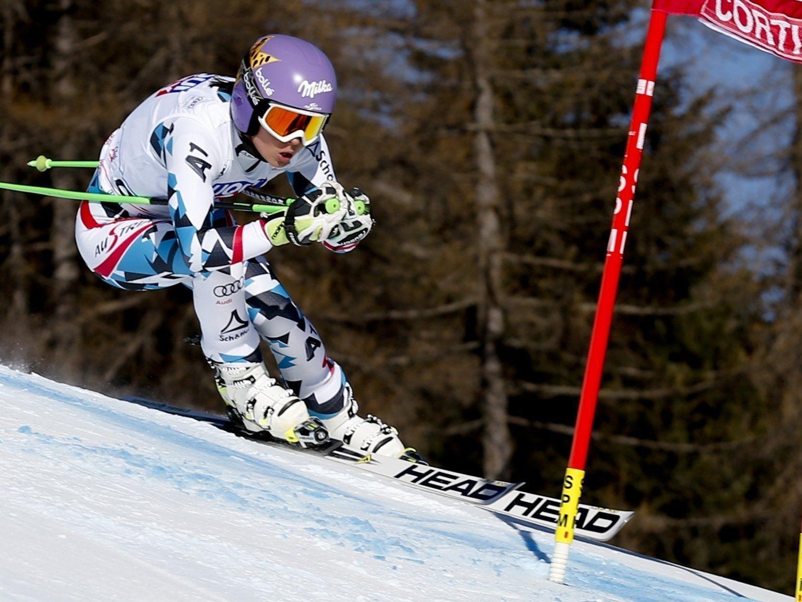 Anna Veith feierte in Cortina ihre ersten Podestpaltz im siebenten Comeback-Rennen.