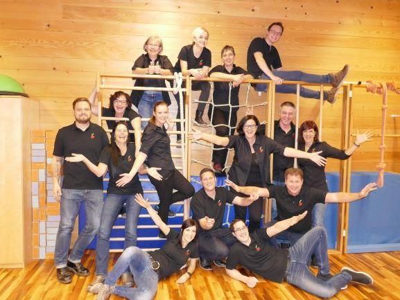 Die Crew des Theatervereins Fraxern freut sich auf die Premiere der neuen Komödie am 1. April um 20 Uhr in Fraxern. Weitere Aufführungstermine: 2., 7., 8. und 9. April.