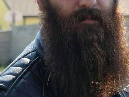 Sein Bart ist der ganze Stolz des 33-jährigen Wiener Polizisten