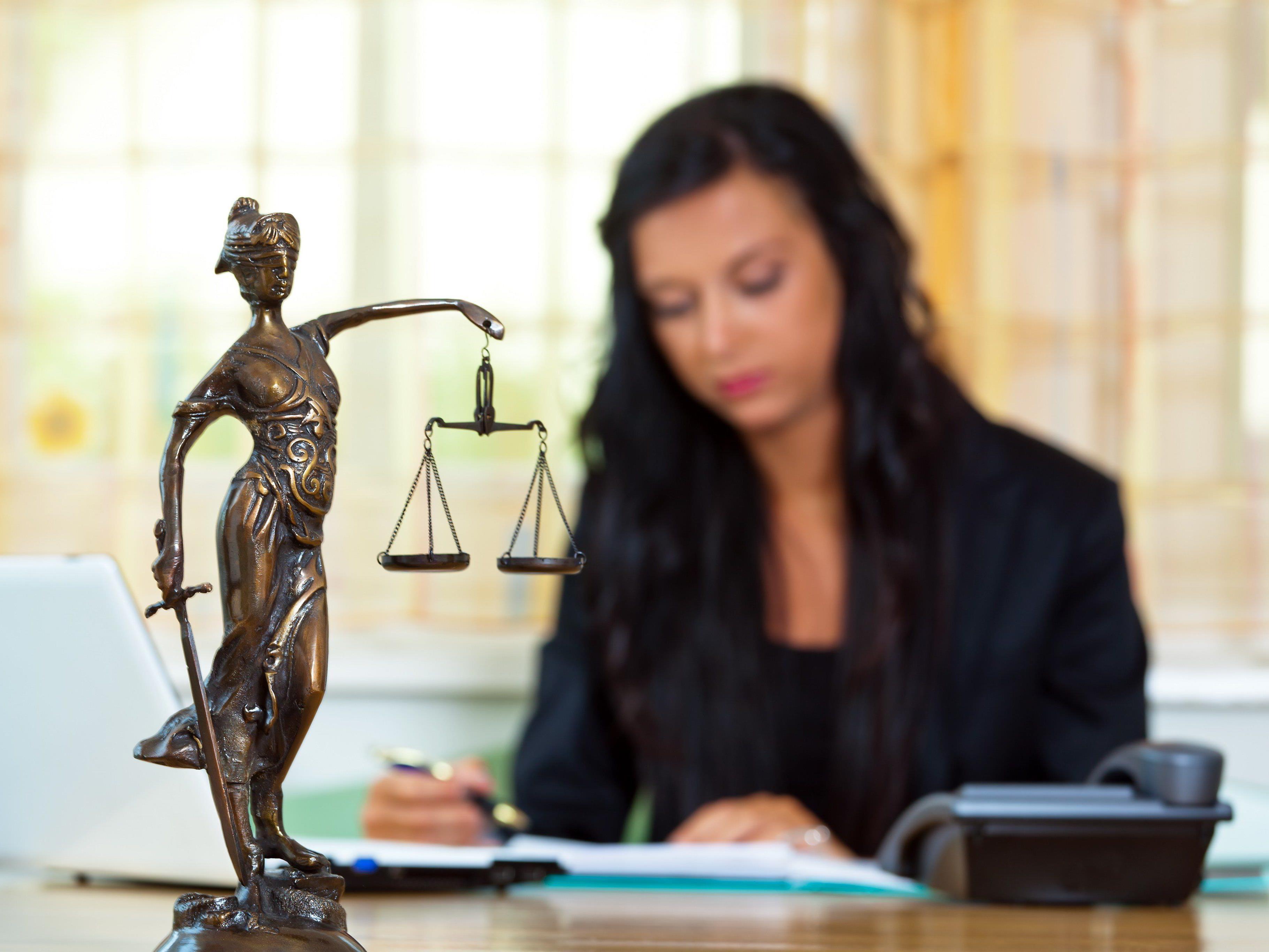 Rechtswissenschaften sind bei vielen jungen Menschen angesagt.