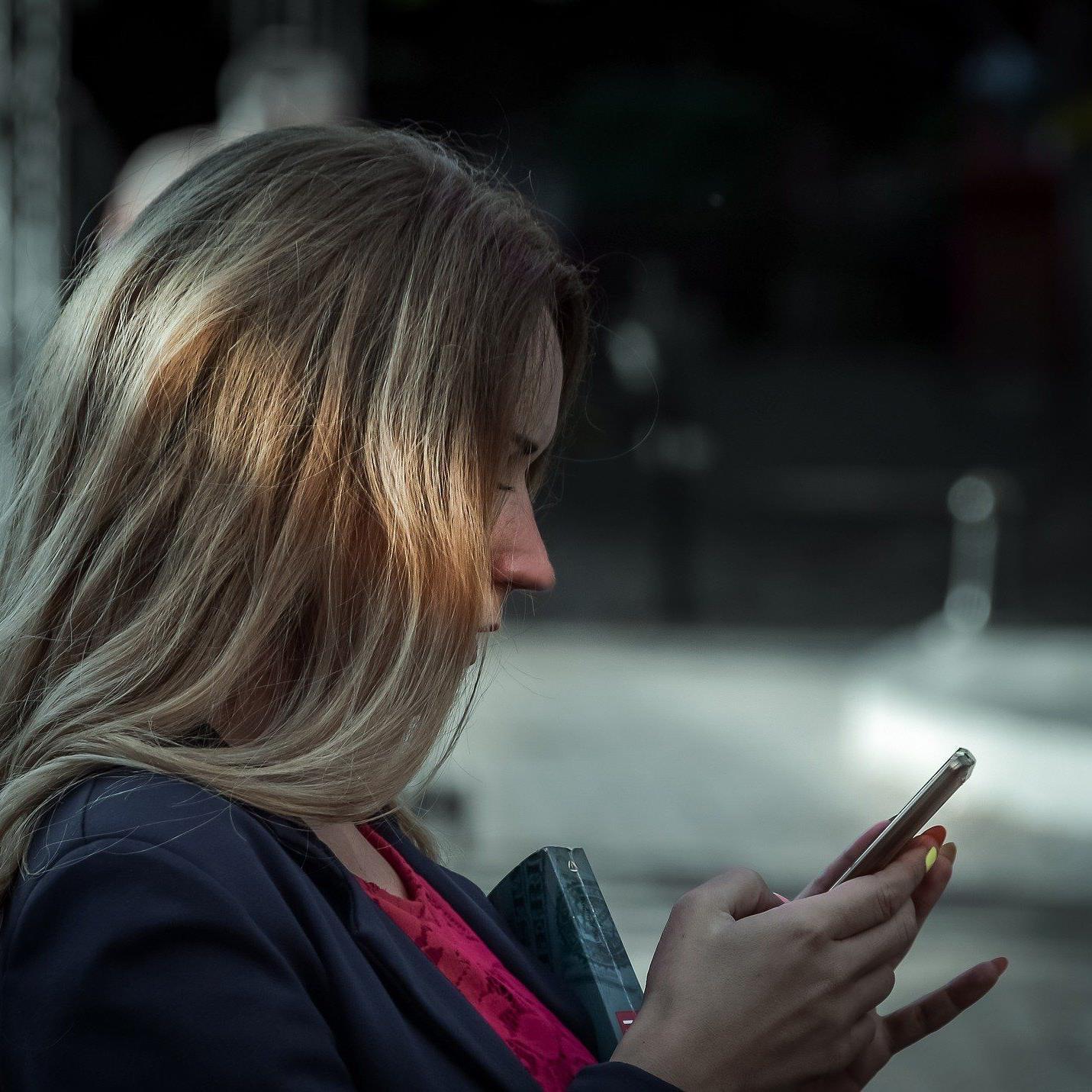 Ein Dienst zeigt, wer hinter einer unbekannten Nummer steckt.