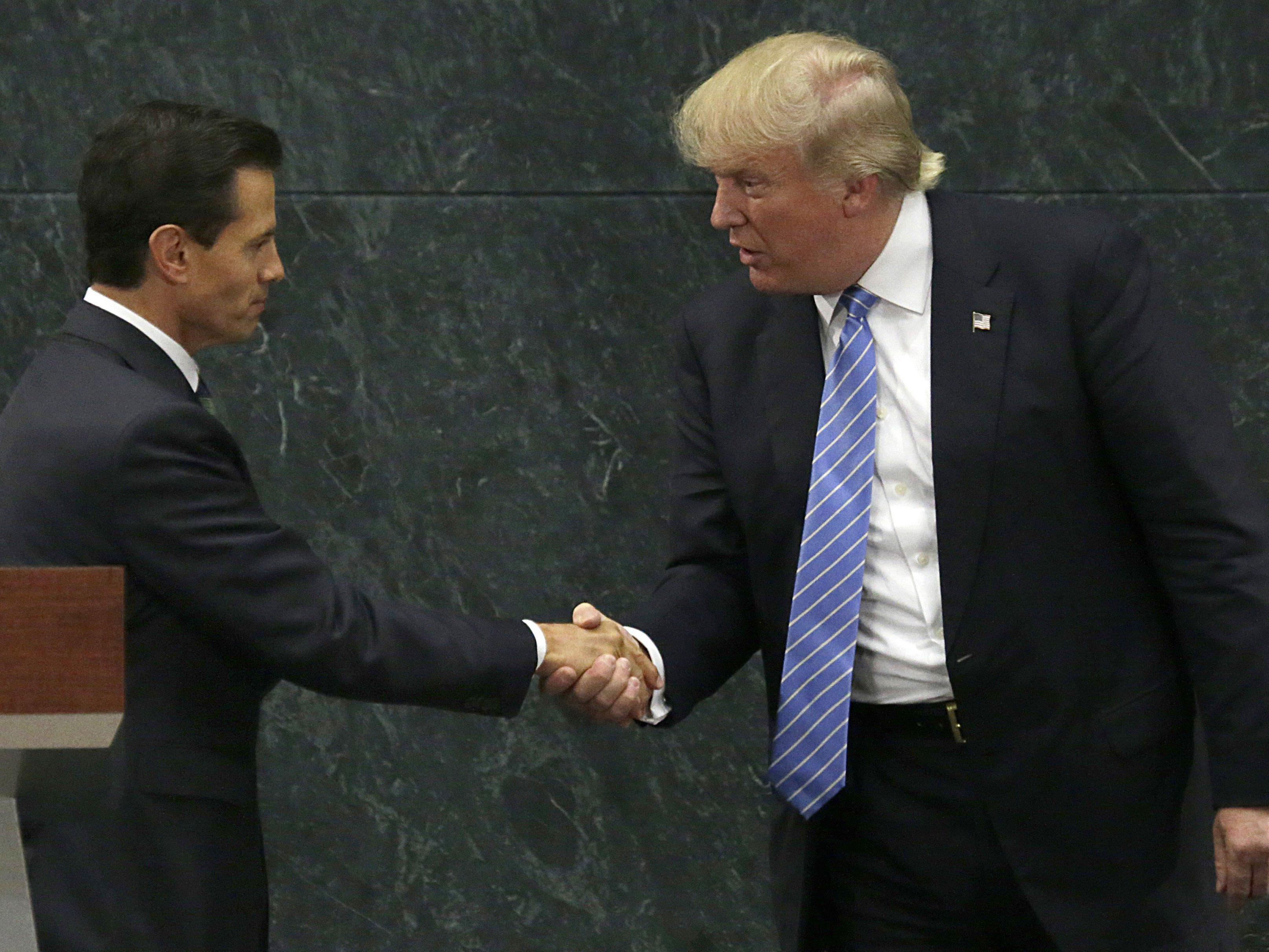 Mexikos Präsident Nieto (links) sagte ein Treffen mit US-Präsident Trump (rechts) ab.