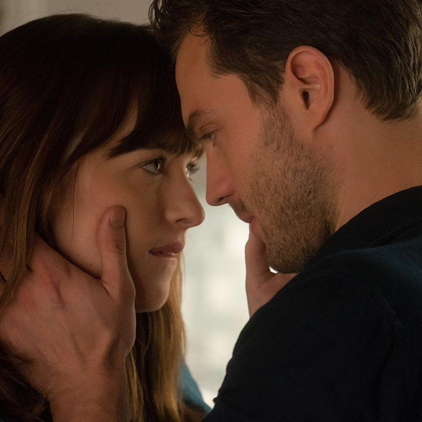 """Kinokassen glühen, Besuchern wird eingeheizt: Der Kinostart von """"Fifty Shades of Grey 2"""" steht kurz bevor"""