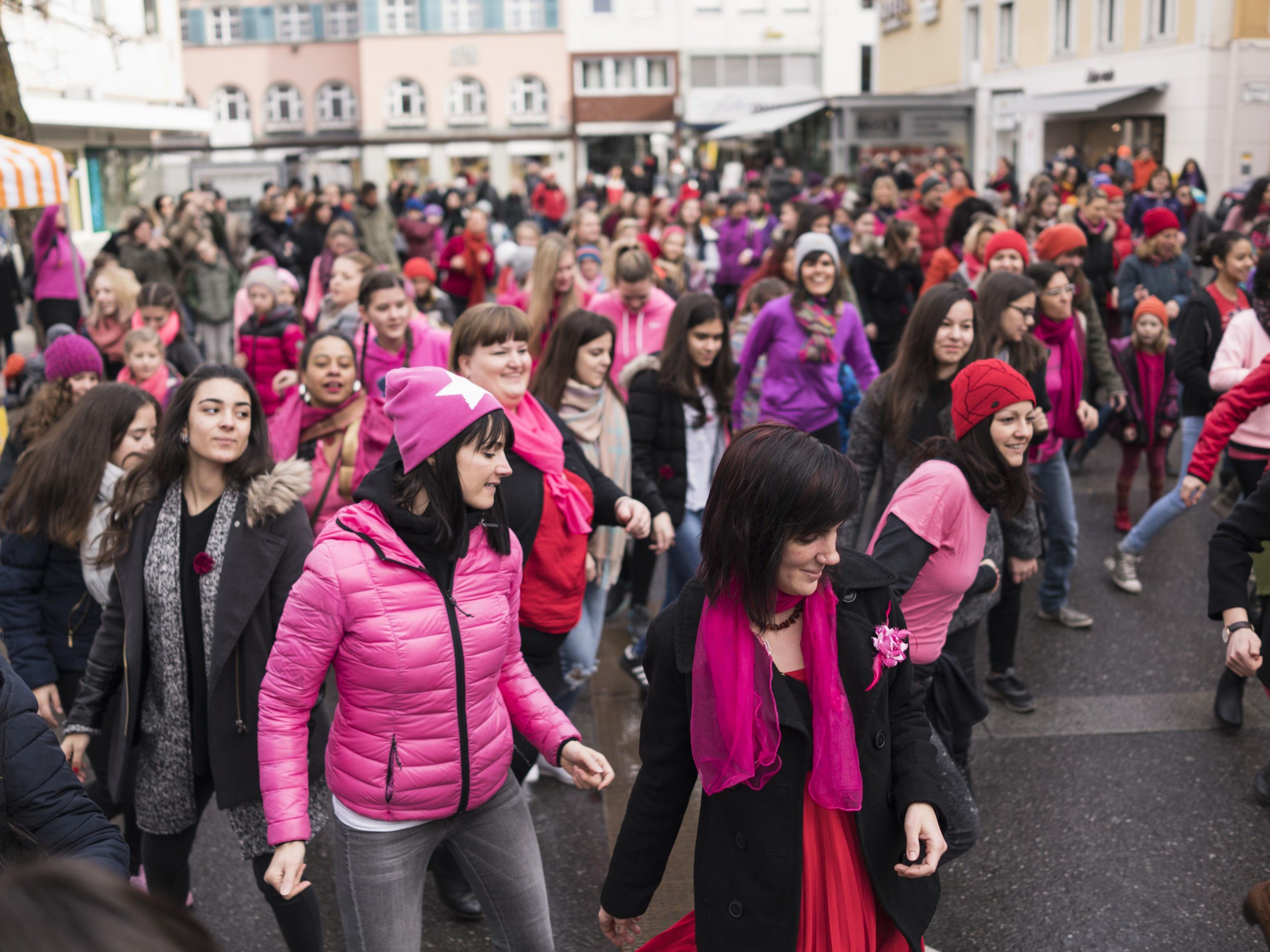 Mit Tanz gegen Gewalt: Über 150 Teilnehmerinnen kamen im letzten Jahr nach Bregenz