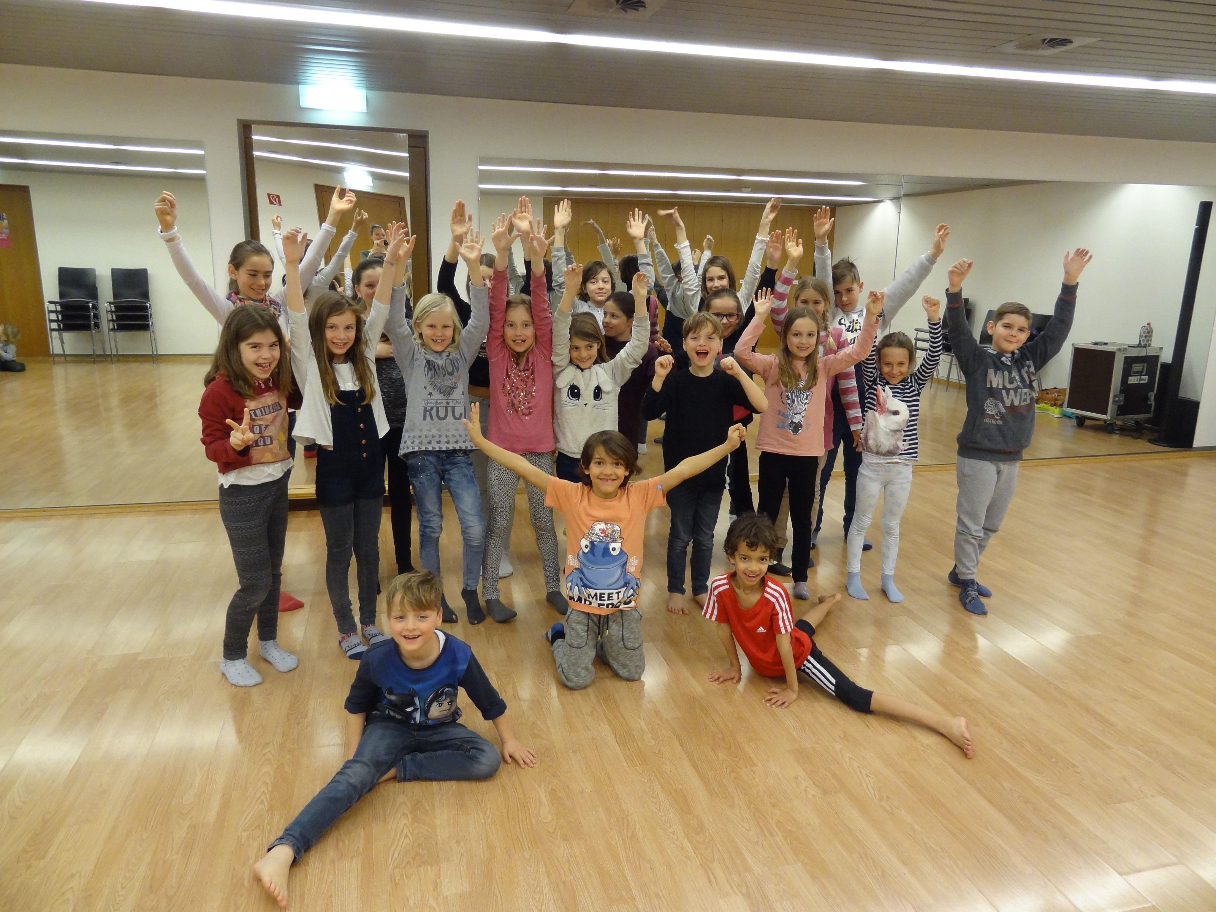 Über 20 Kinder nahmen am ersten MIni-WAMCO Training in Götzis teil...