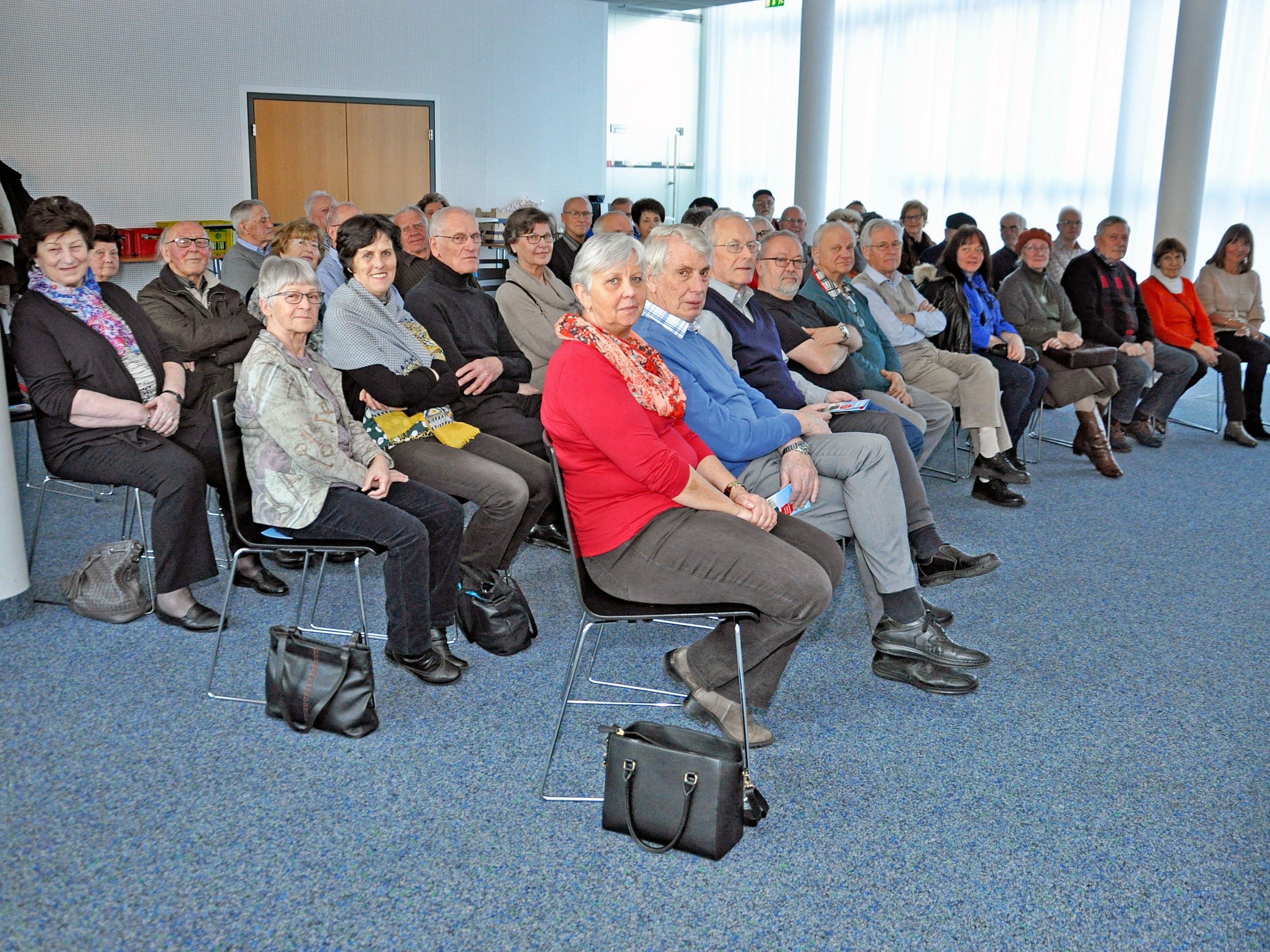 Der Seniorenbund Lustenau besuchte Russmedia in Schwarzach.
