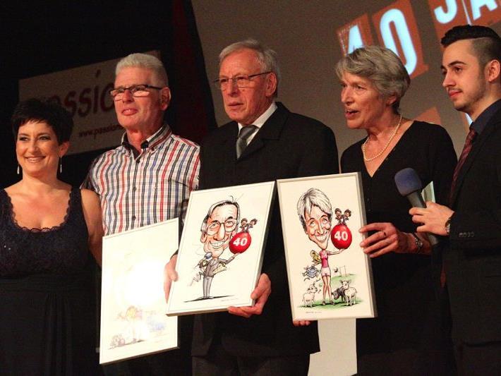 Eugen Scherrer, Adi Moser und Maria Fiel erhielten eine Karikatur und wurden für ihren Einsatz von den Moderatoren Melanie und Raphael verdankt.
