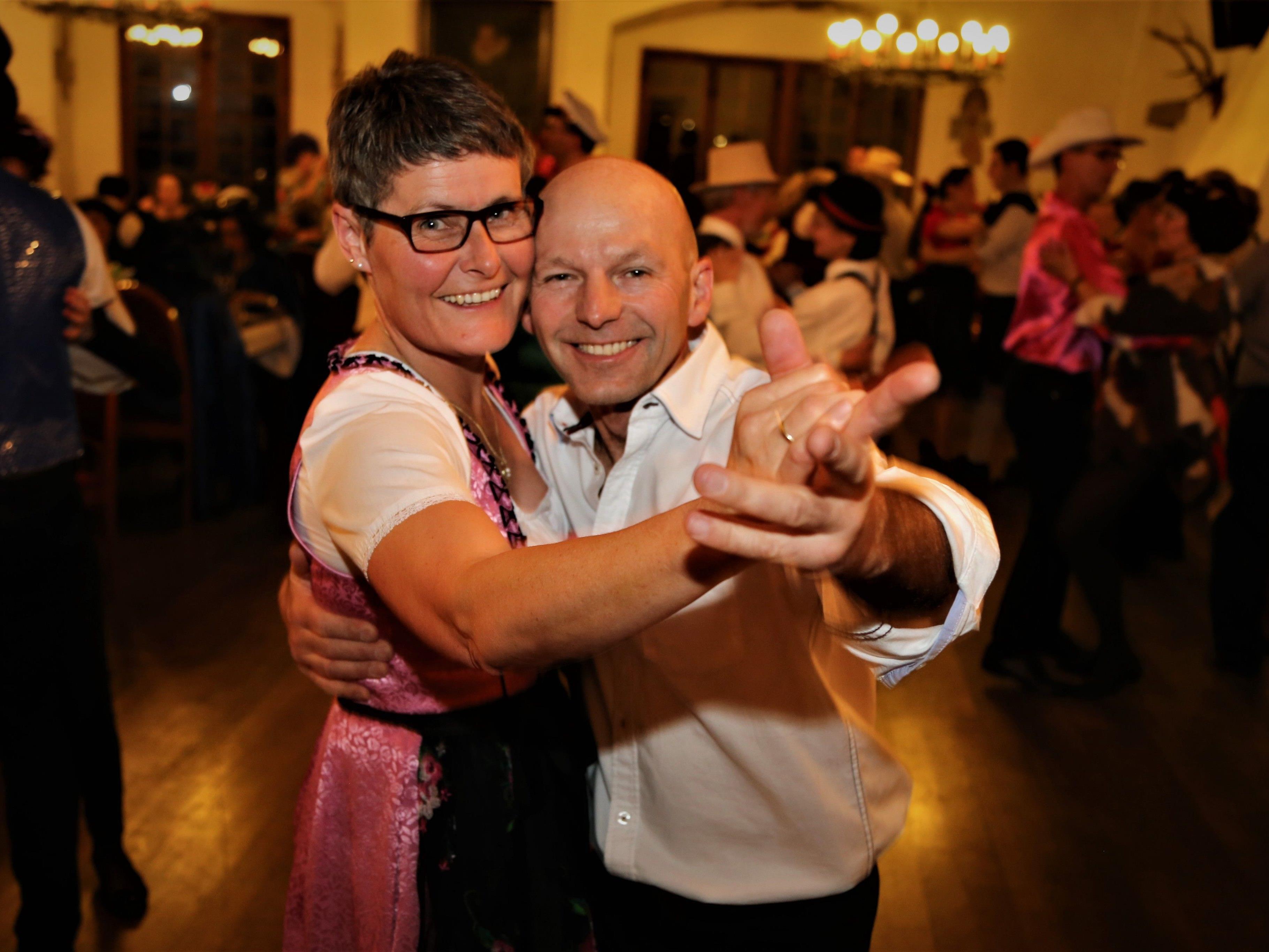 Ausgelassene Stimmung, Sketche, Tanz und viel Musik – ein gelungener Abend der Trachtengruppe Feldkirch.