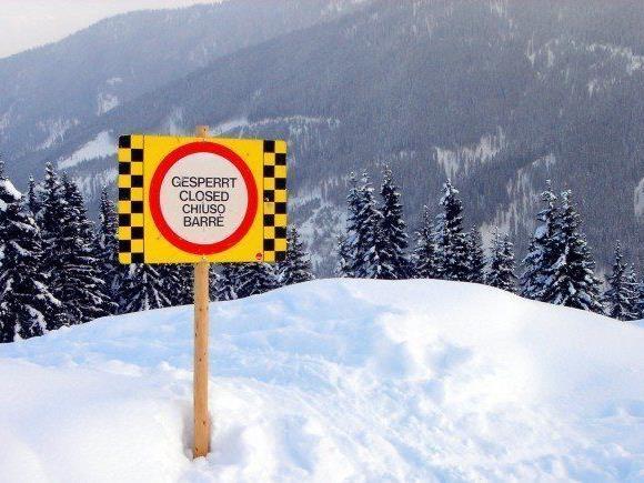 """Oberhalb von 2.100 Meter erheblich (Stufe """"3"""") - Gefahr geht besonders von Trieb- und Altschnee aus."""