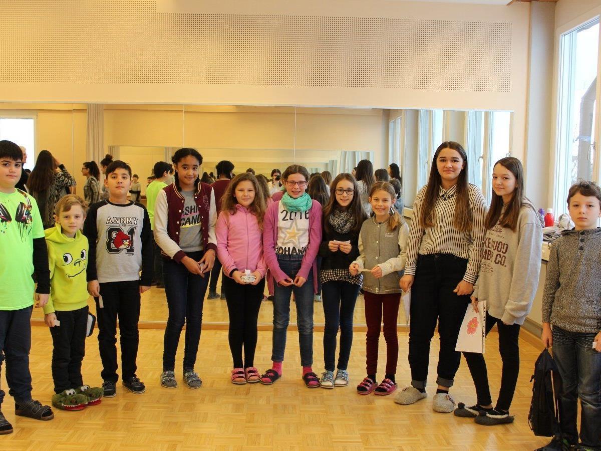 Ein abwechslungsreiches Programm begeisterte die Volksschüler bei ihrem Besuch in der Neuen Mittelschule in Lochau.
