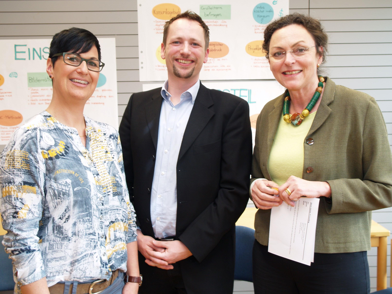 Organisatorin Astrid Thaler, Projekt-Coordinator Martin Hartmann und die Vizerektorin der Pädagogischen Hochschule Vorarlberg Gabriele Böheim