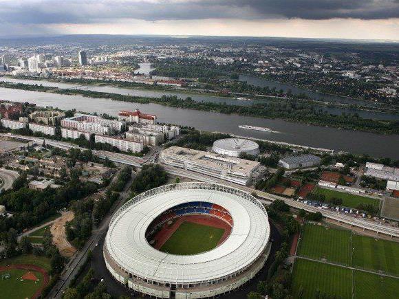 Der ÖFB hat einen Neubau des Ernst Happel Stadions noch nicht abgeschrieben.