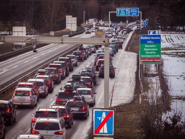 Autofahrer müssen sich auf Verzögerungen einstellen