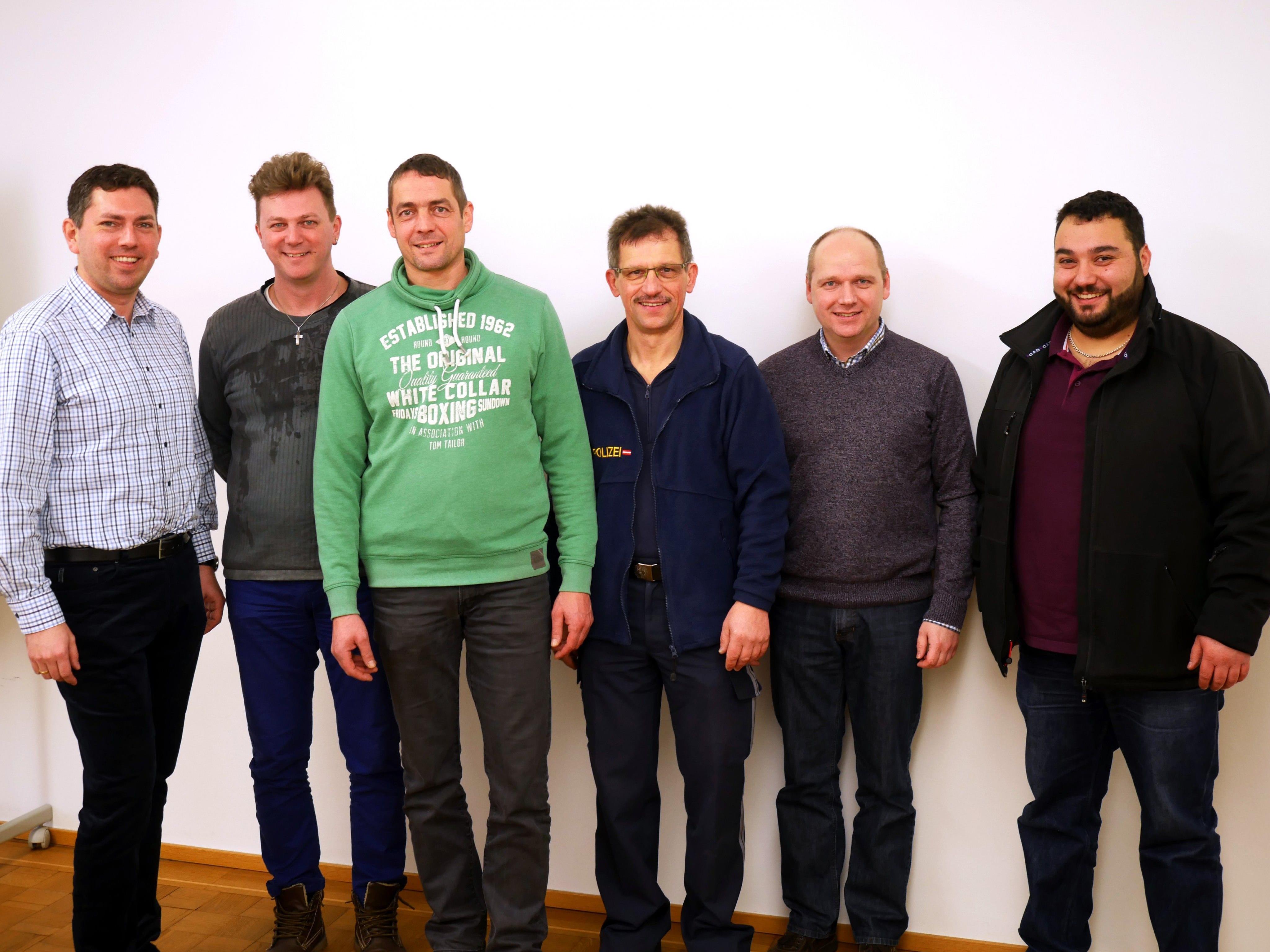 v. l. StR. Mag. (FH) Markus Klien, Ing. Michael Gruber (GIS), Andreas Mathis (Werkhof), Michael Aberer (Stadtpolizei), DI Kurt Giesinger (Stadtwerke), Ing. Mustafa Coşkun (Tiefbau)