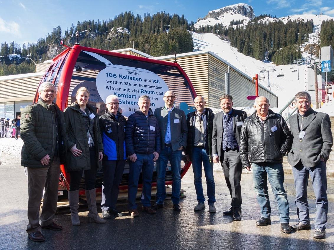 Die Verantwortlichen Tourismusgesellschaften Allgäu und Kleinwalsertal sowie der Skiliftgesellschaft links der Breitach freuen sich über den Start der zweiten Bauphase der neuen Ifenbahn.