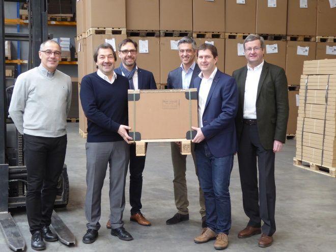 Der Vorarlberger Wellpappehersteller Rondo Ganahl AG mit Sitz in Frastanz wird den deutschen Verpackungsspezialisten Walz zur Gänze übernehmen.