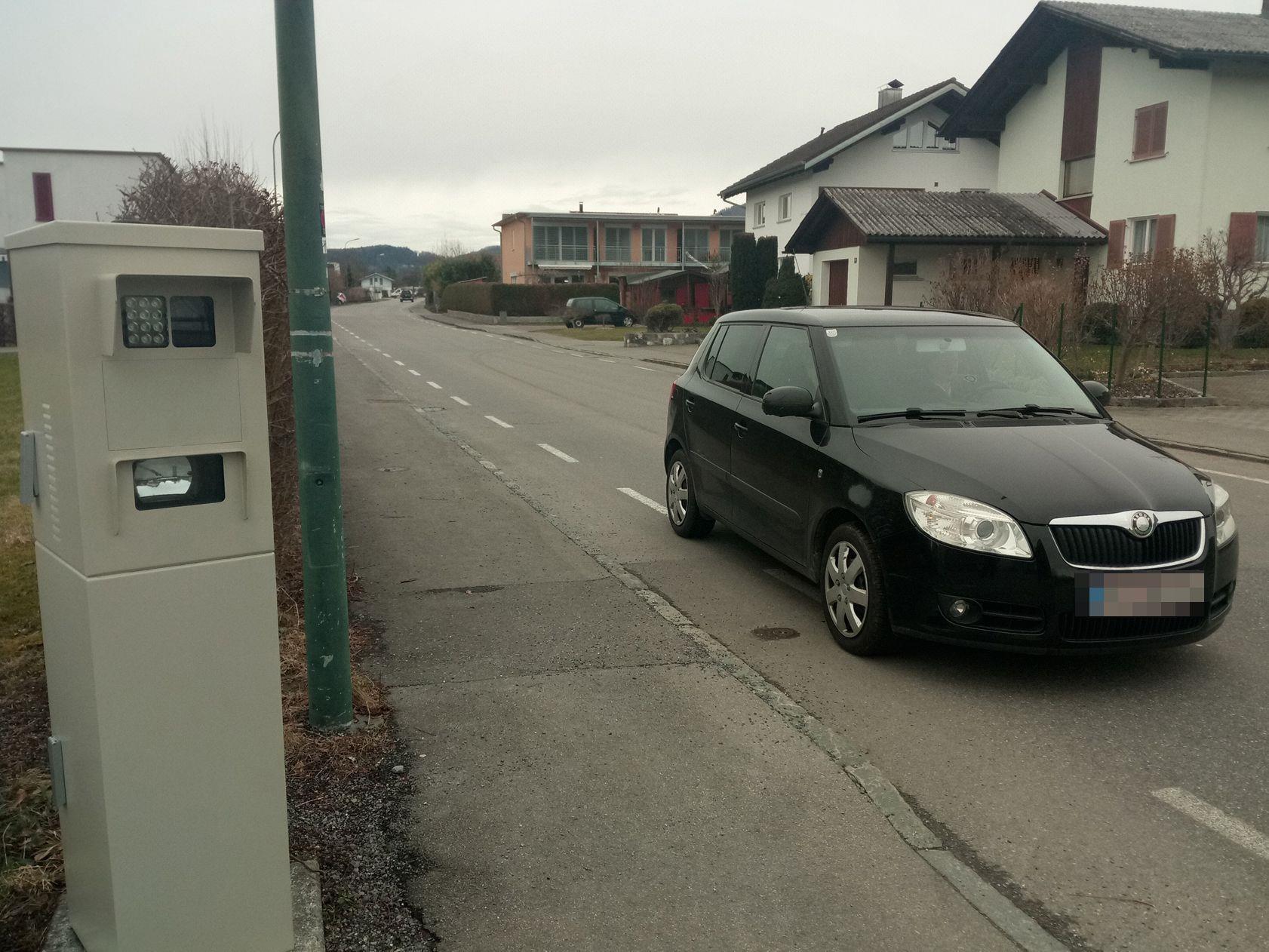 Das neue stationäre Radargerät in Rankweil misst in beide Richtungen.