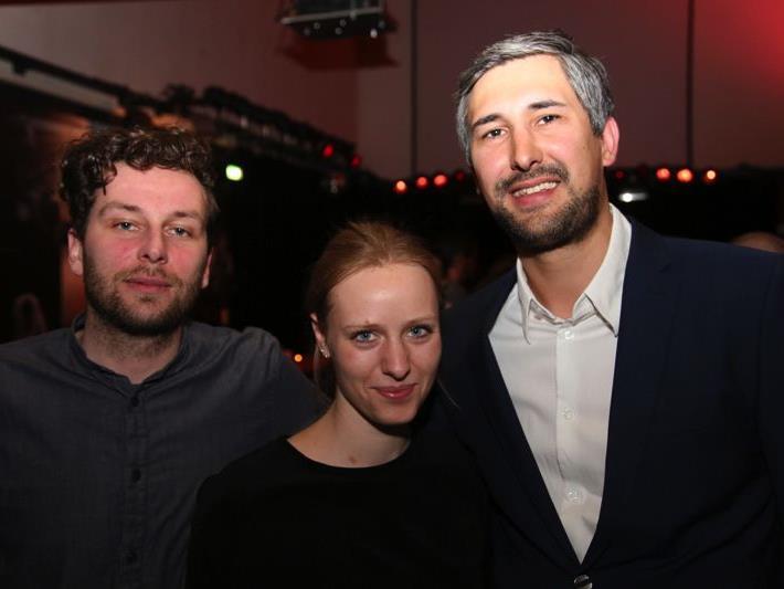 Unter den zahlreichen Gästen befanden sich auch Bernhard Hafele mit Corinna Wurth (Studio Spitzar) sowie Simon Bertsch (Sibercon).
