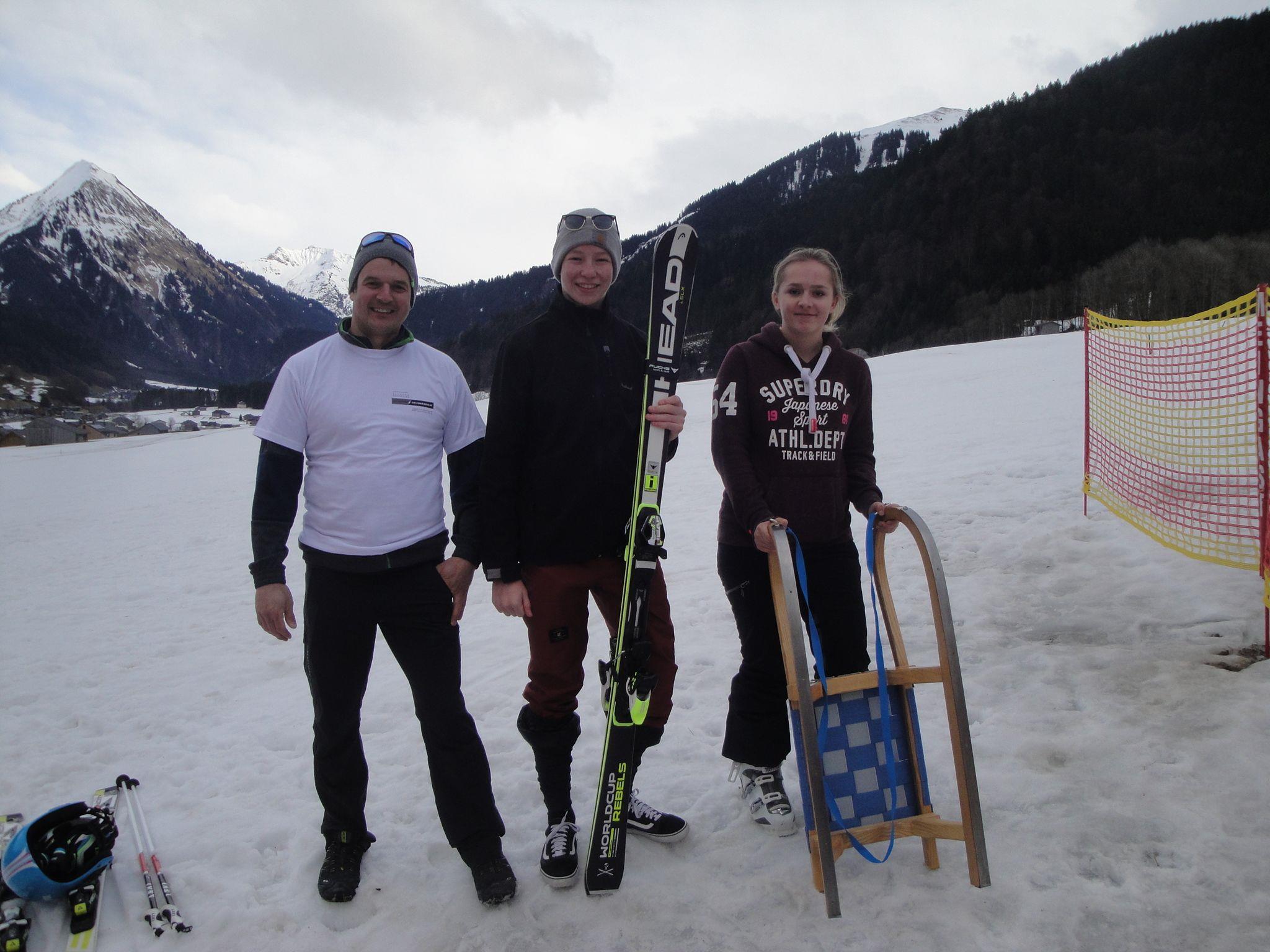 Glückliche Gewinner,Lukas Stoff, Stefan Schmiedinger und Sigrid Pfefferkorn