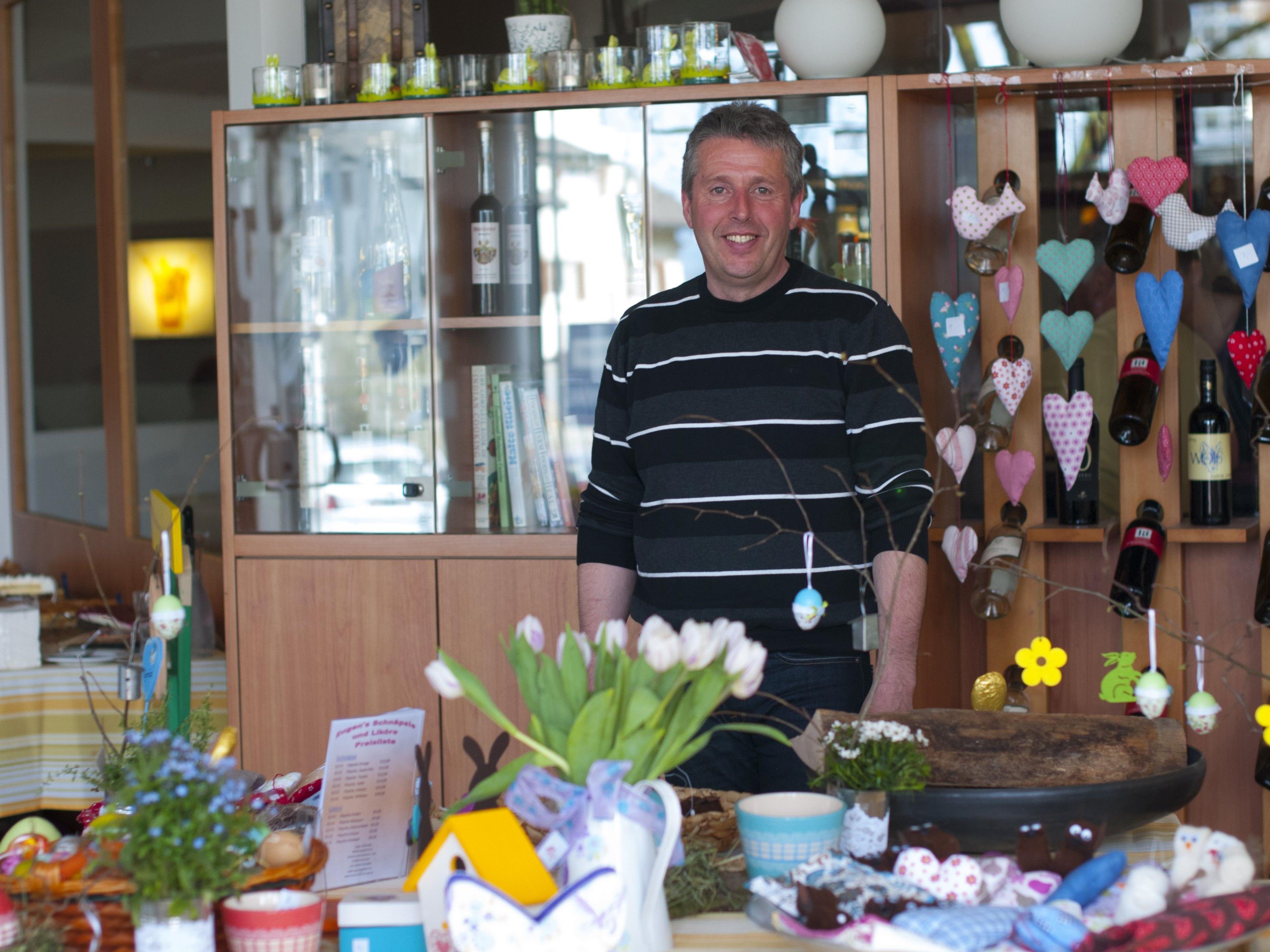Christian Bösch vom Projekt Herzenssache freut sich am Sonntag auf zahlreiche Besucher beim Osterbasar, die mit ihrem Einkauf wieder Gutes tun.