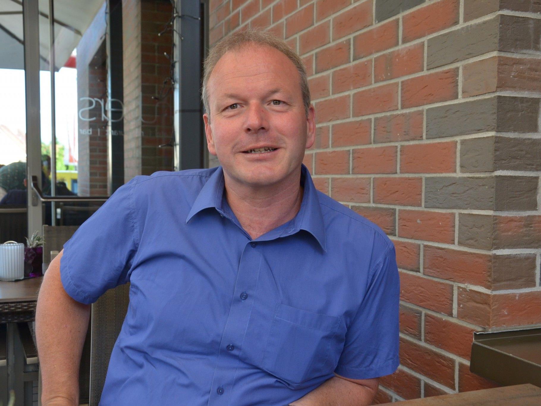 Bürgermeister Christian Loacker gibt einen Ausblick auf das Gemeindejahr 2017.