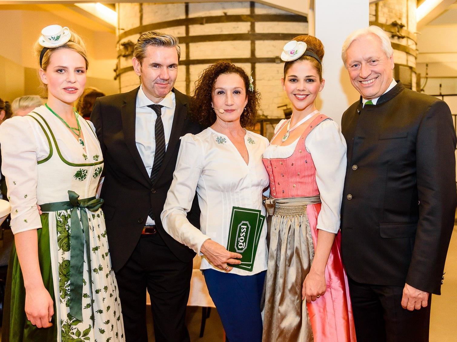 Model mit Gössl Augarten Kollektion (Maria Theresia), GF Mag. Thomas König (Porzellan-Manufaktur Augarten), Konstanze Breitebner, Model mit Gössl Augarten Kollektion (Gar nicht bieder), GF Mag. Gerhard Gössl (Gössl)