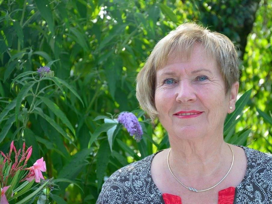 Christiane Maute gibt einen Vortrag in Rankweil