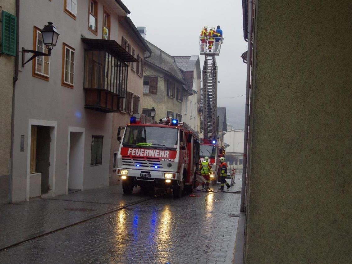 Neun Brände wurden dem Feuerteufel bislang zugeordnet.