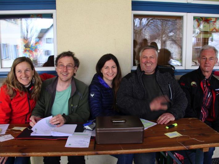 Gerlinde, Ronald, Andrea, Karl und Walter sorgten für einen erfolgreichen Radmarkt in der Marktgemeinde.