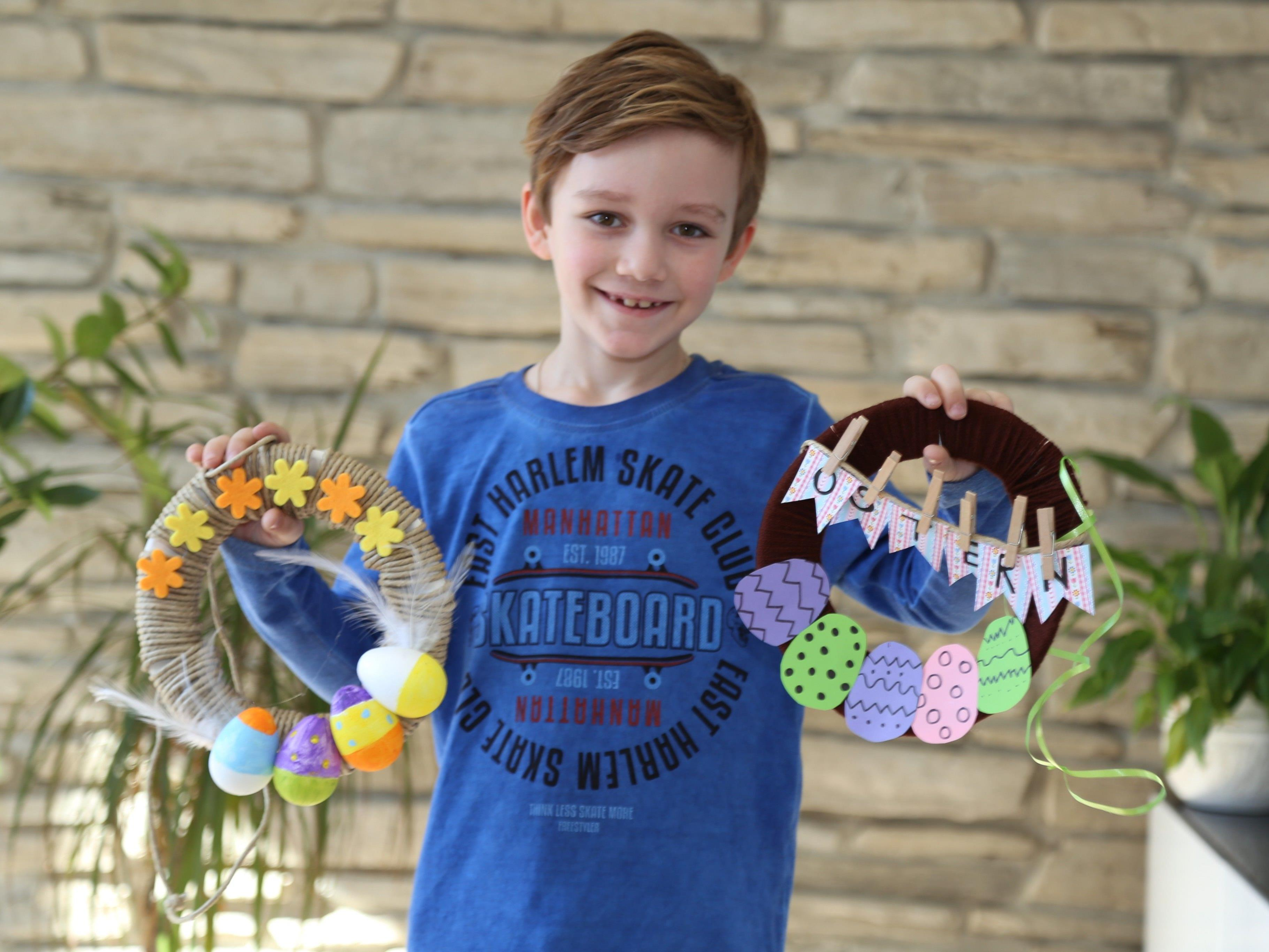 Max zeigt zwei kreative Varianten für schöne Osterkränze.