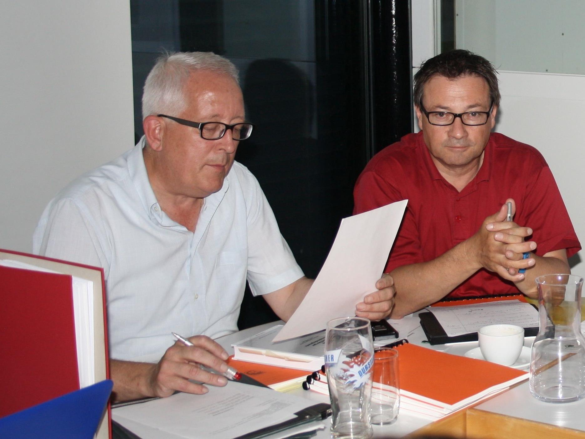 BU: Die Lochauer Gemeindemandatare tagen wieder am Dienstag, 14. März um 20 Uhr im Gemeindeamt. Im Bild Bgm. Michael Simma und Vize-Bgm. Christophorus Schmid.