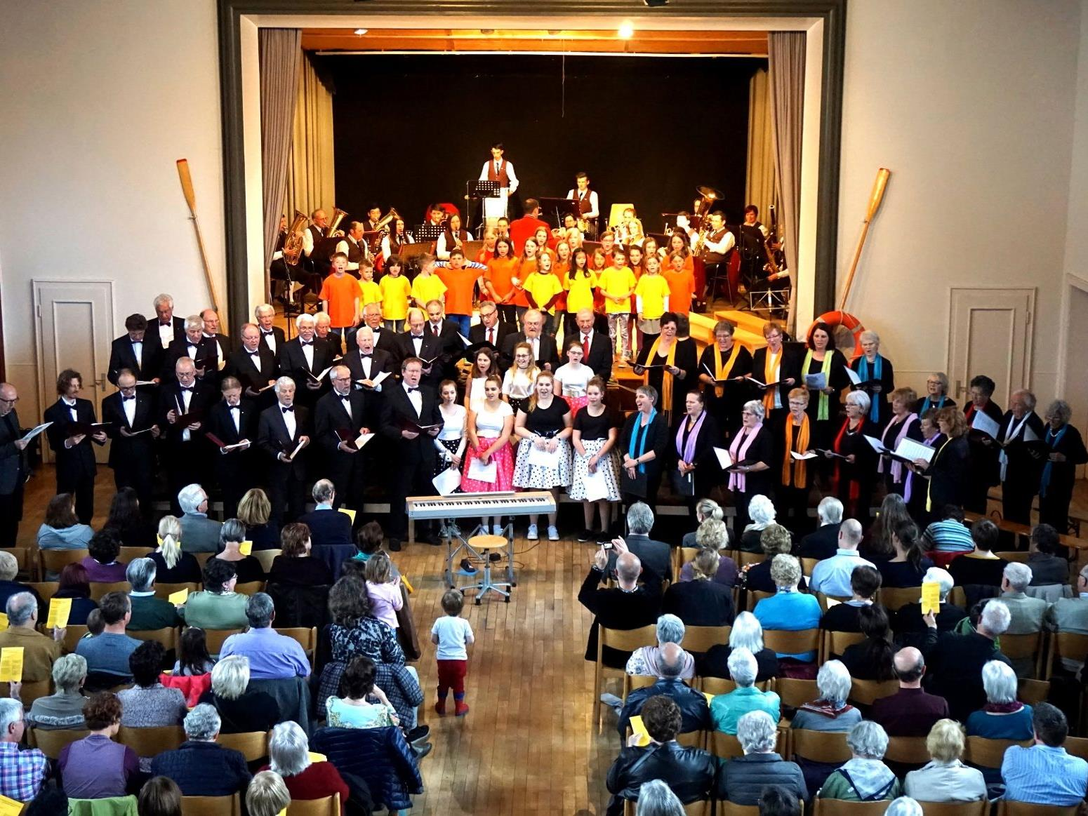 Beim traditionellen Gemeinschaftskonzert haben die musischen Lochauer Ortsvereine alljährlich ihren großen Auftritt.