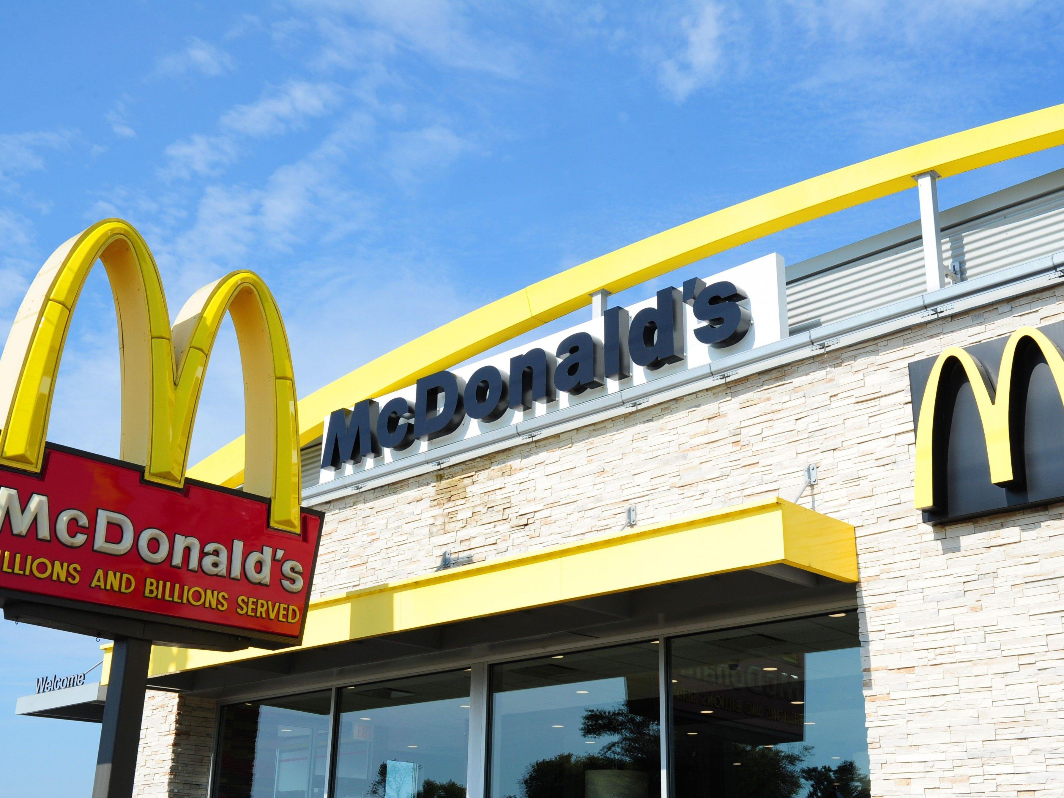 In Bergisch Gladbach werden Gefängnisinsassen von McDonald's versorgt.