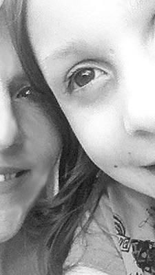Die Beziehung zwischen Mutter und Tochter ist so prägend wie keine andere.
