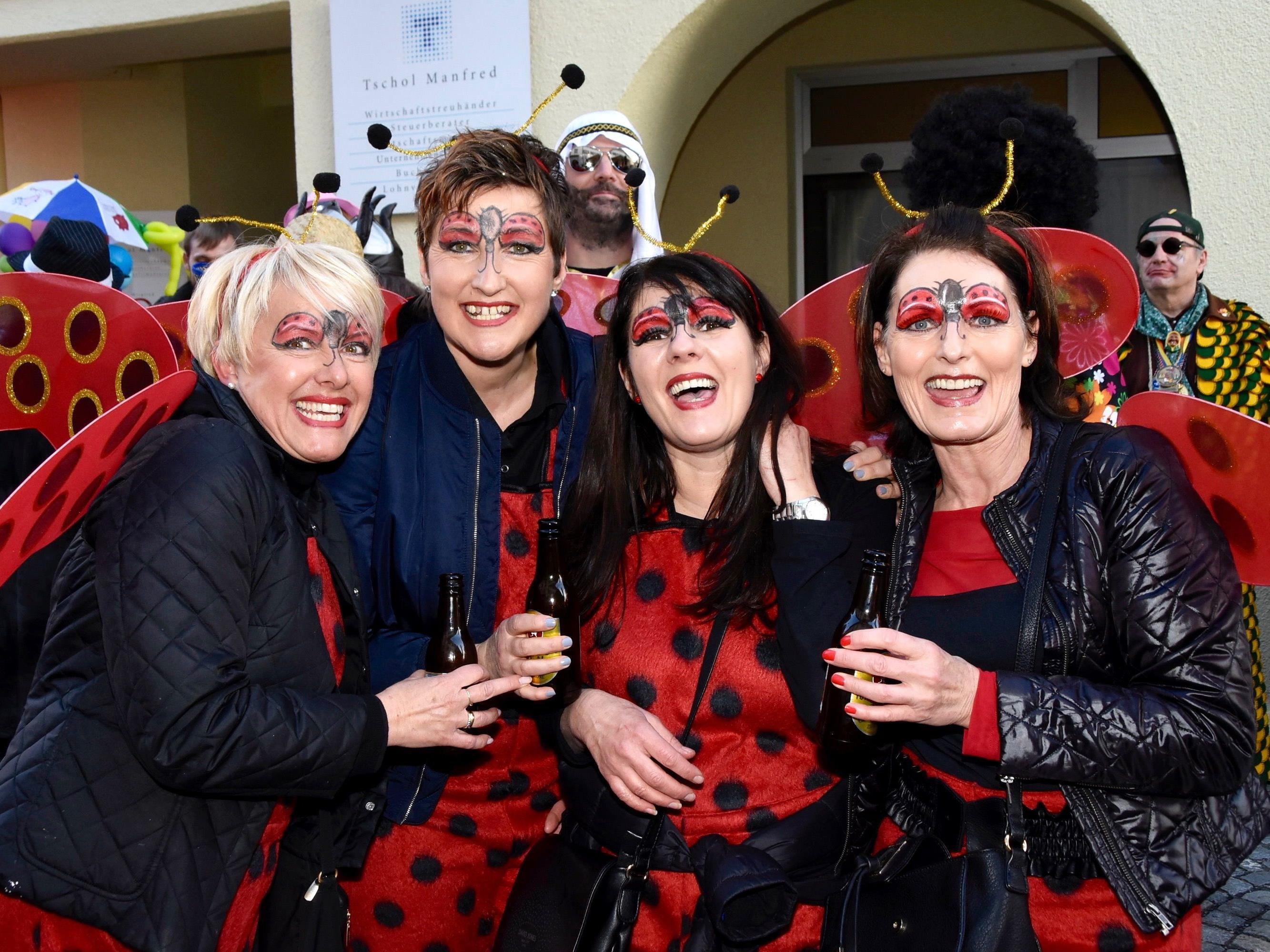 Die Damen der Wirtschaftsgemeinschaft Bludenz genossen das fröhliche Treiben im Städtle.