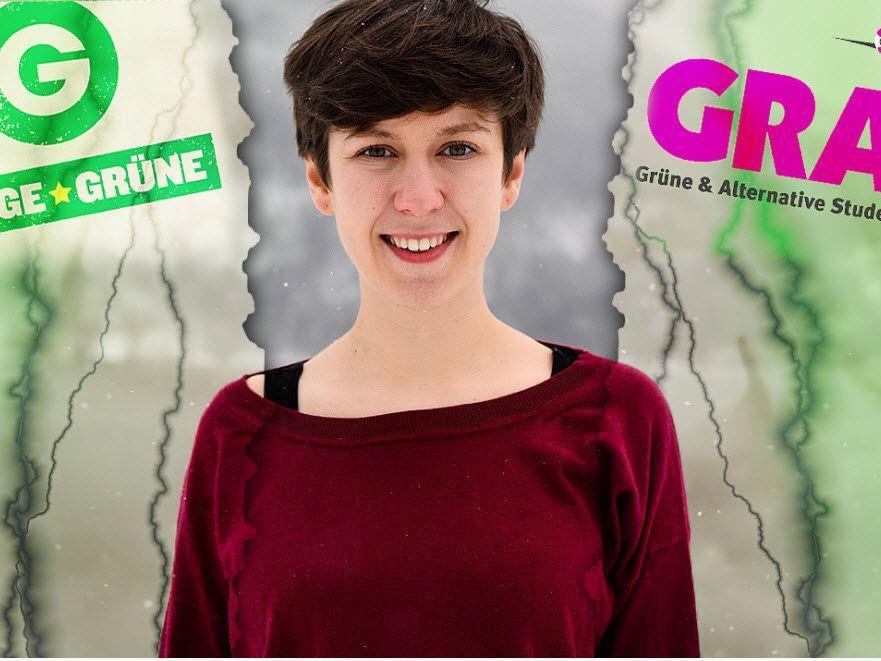 Flora Petrik von den Jungen Grünen gibt eine Pressekonferenz