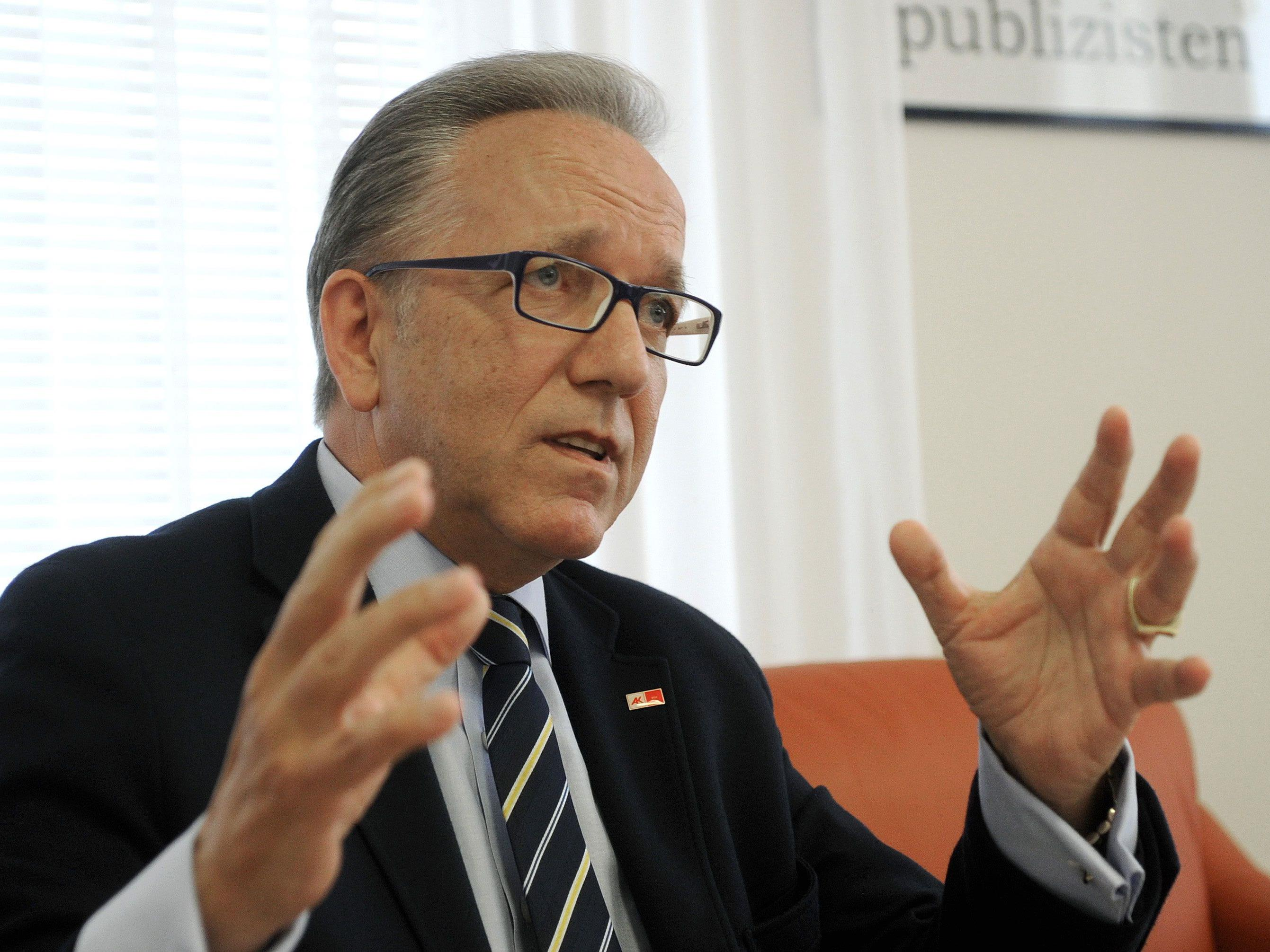 AK-Präsident Rudolf Kaske sprach bei einer Pressekonferenz über den Lobautunnel