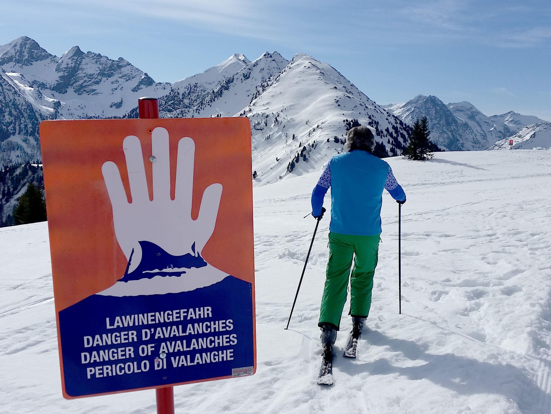 In Vorarlberg und Tirol ist die Lawinengefahr deutlich erhöht.
