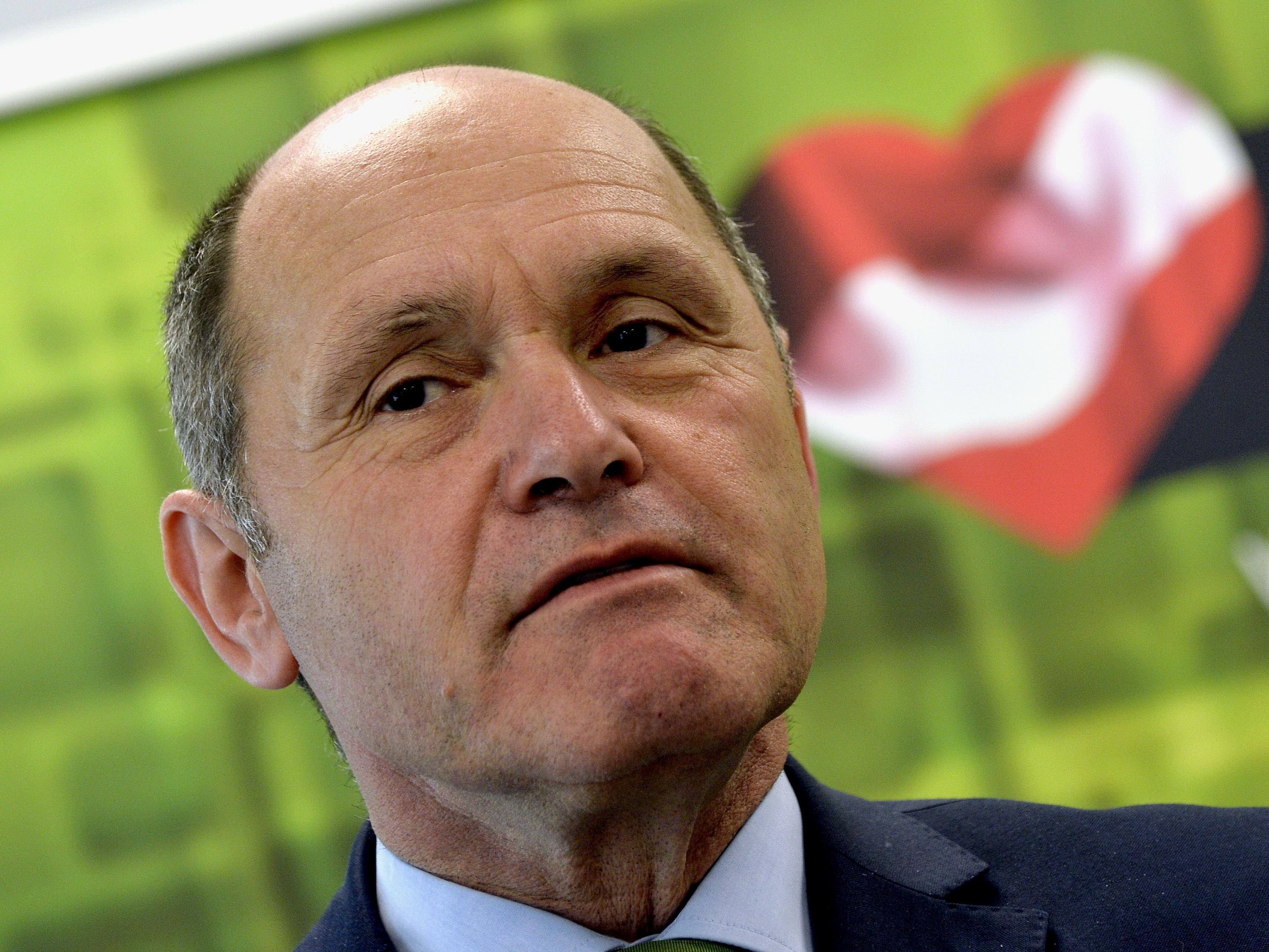 Innenminister Sobotka will 1.000 Euro Rückkehrhilfe für Flüchtlinge.