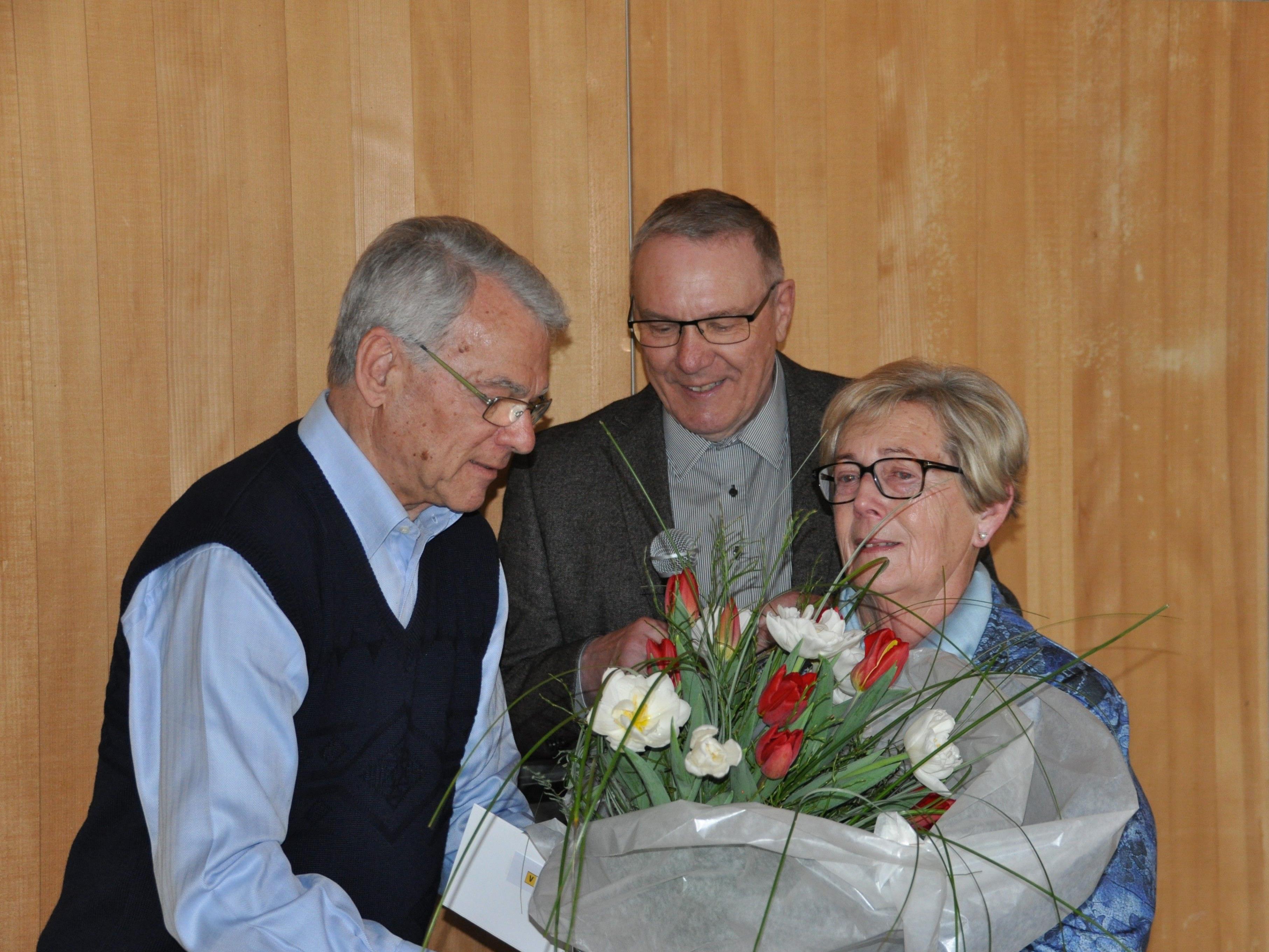v.l. Meinrad Messner, Obmann Elmar Hepp, Ingrid Jenny