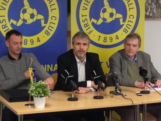 Vienna-Trainer Hans Kleer und die Vizepräsidenten Gerhard Krisch und Robert Hammerl.