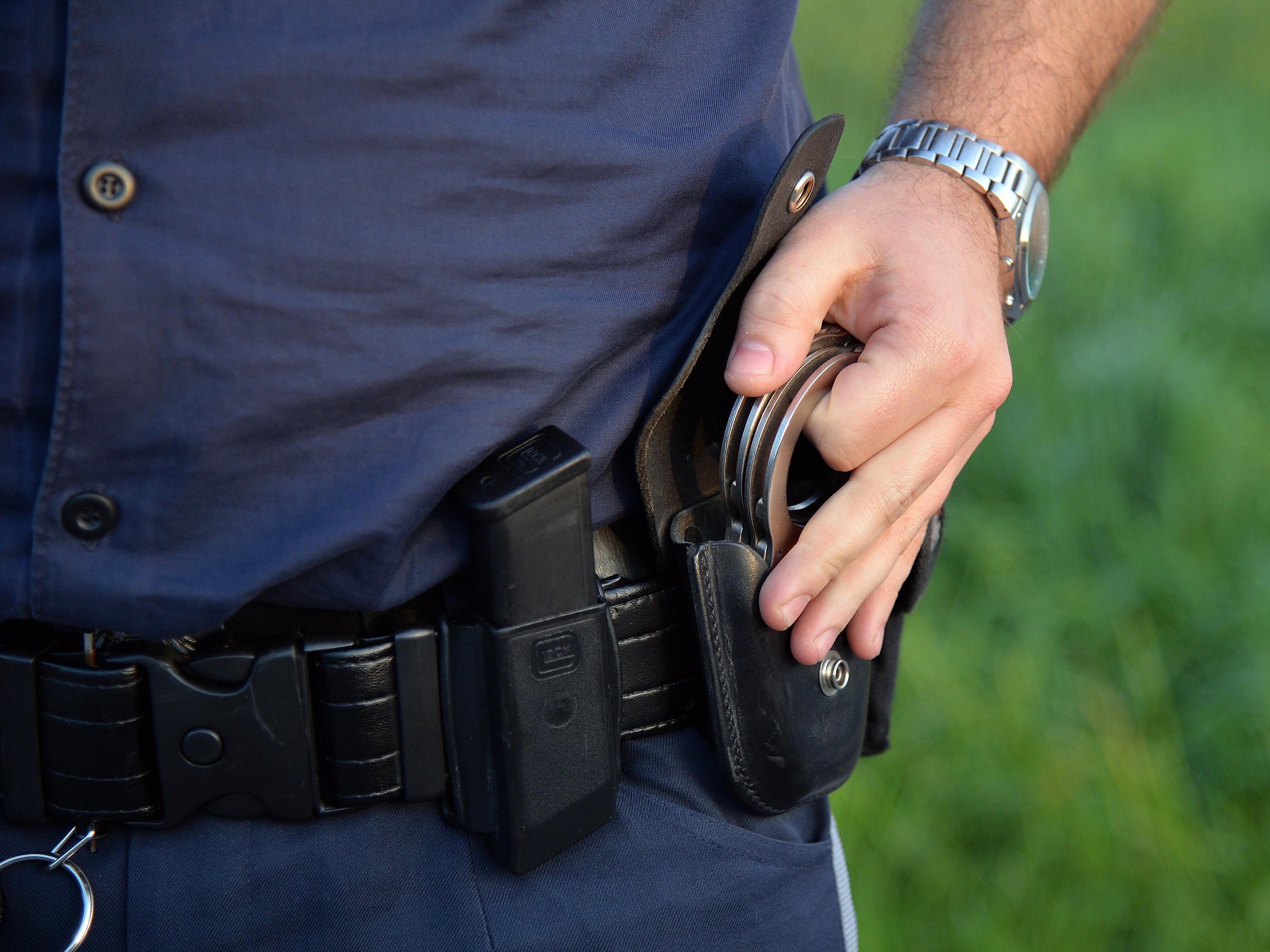 Der Polizist wurde bei dem Einsatz verletzt.