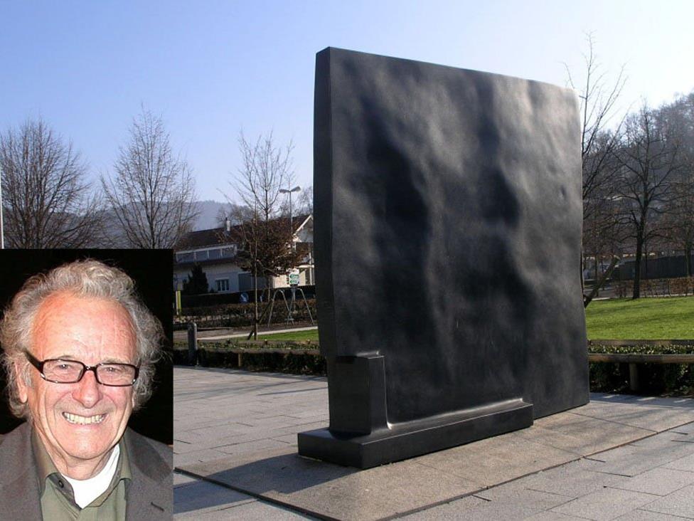 Herbert Albrecht, Kopf als Scheibe, Cubus, 1998.