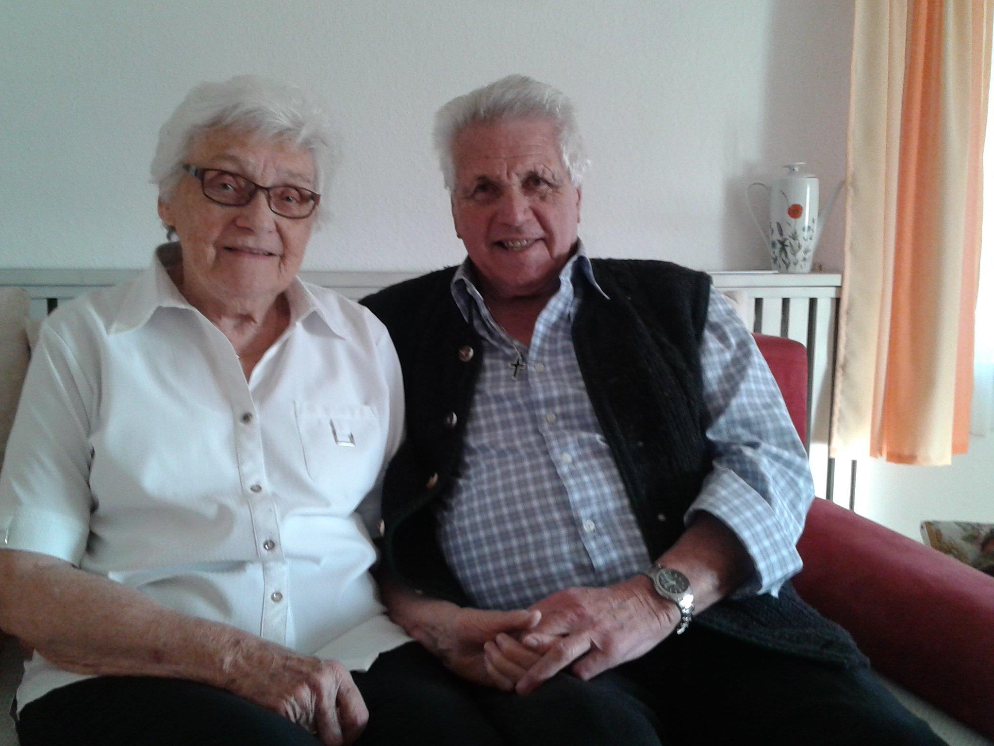 Noch viele schöne gemeinsame Jahre wünschen sich Annemarie und Max Lampert zum 60. Hochzeitstag.