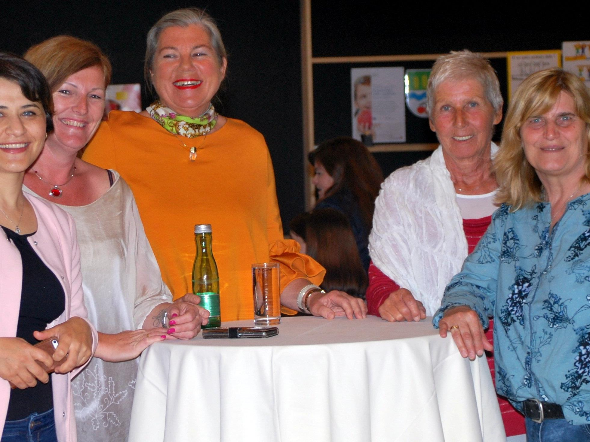 Frauennetzwerk Region amKumma mit Referentin Dr.Katja Matt (Mitte)