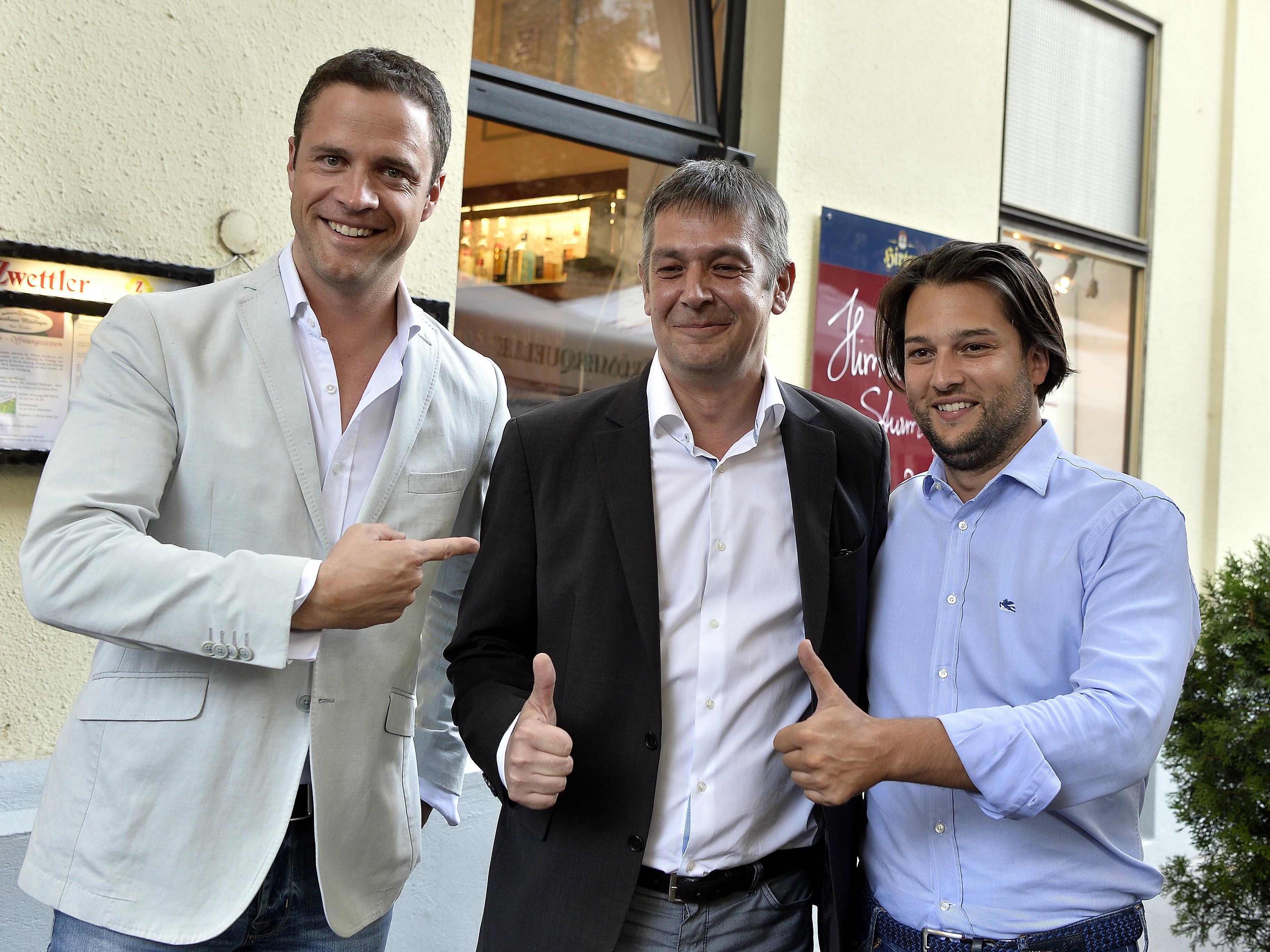 Dominik Nepp (rechts) fordert Fakten hinsichtlich Doppelstaatsbürgerschaften